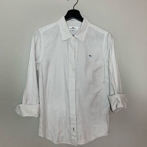 Women's Vineyard Vines Button down shirt, size 4